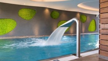 Bazén s wellness v lázních Poděbrady