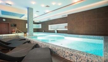 Bazén patří k wellness pobytům