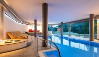 Hote Ostrov - bazén