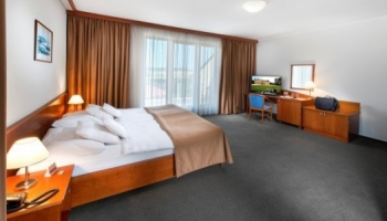 April hotel Panorama - pokoje